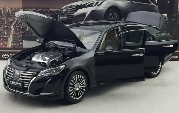 โมเดลรถ โมเดลรถเหล็ก โมเดลรถยนต์ toyota crwon 2015 black 3
