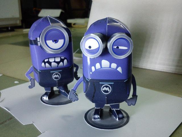 minions_purple 2 ตัว