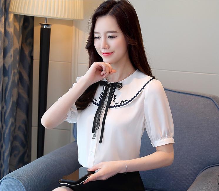 เสื้อแฟชั่นแขนสั้น ชีฟองสีขาว คอปกปักลาย น่ารักสไตล์ญี่ปุ่น