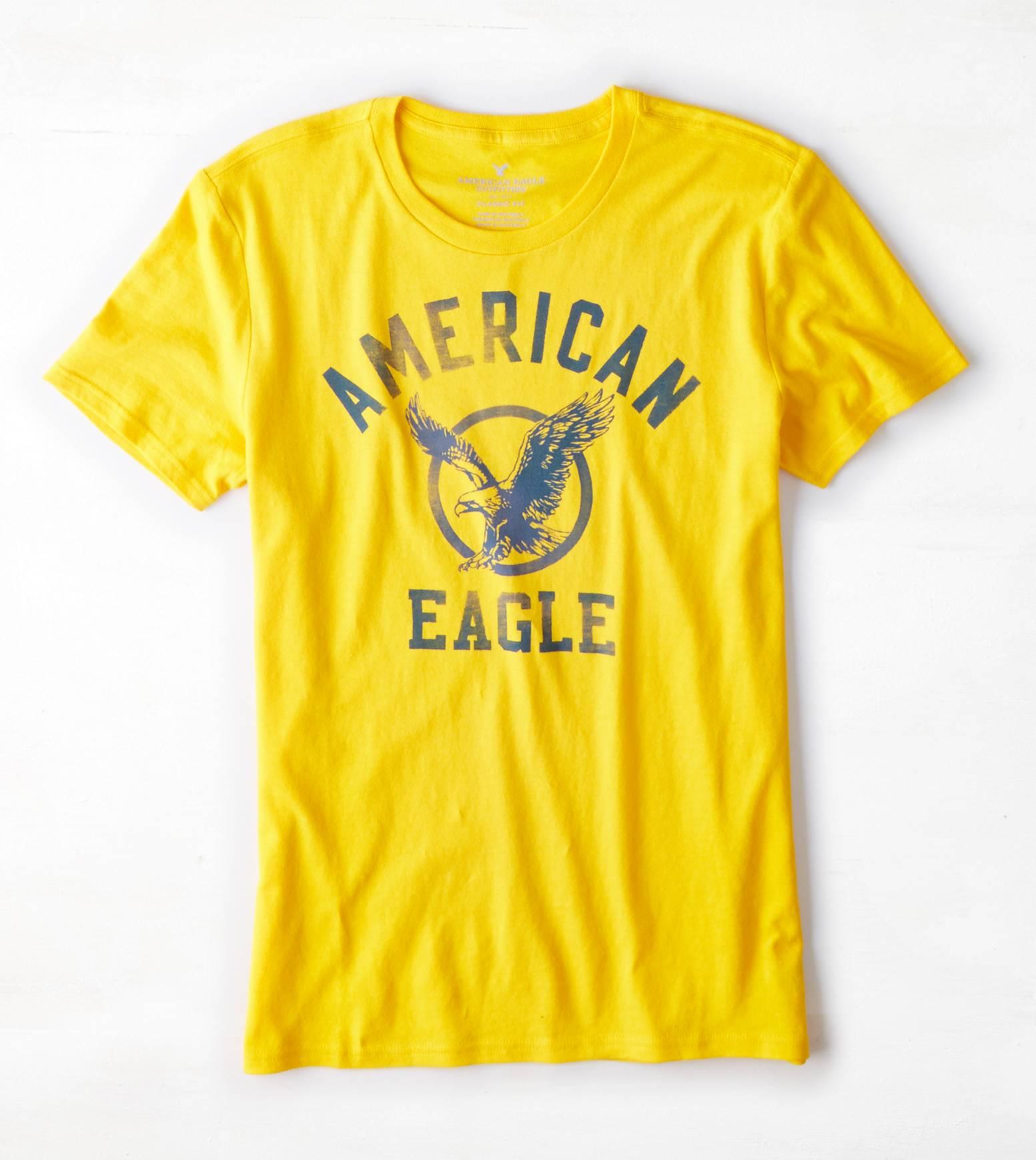 เสื้อยืดแฟชั่นผู้ชาย American Eagle Signature Graphic T-Shirt - Dijon