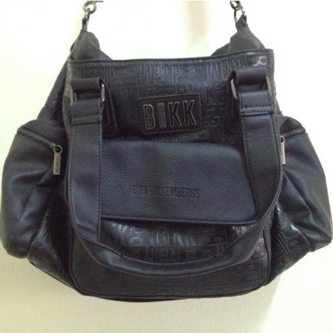 กระเป๋าผู้ชาย | กระเป๋าสะพายข้างแฟชั่น กระเป๋าหนัง DIRK BIKKEMBERGS เหลือใบสุดท้าย!
