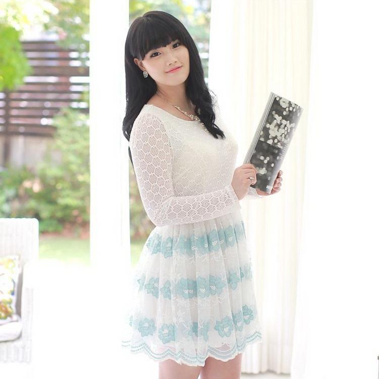 ชุดเดรสผ้าลูกไม้ ตัดต่อผ้าสวยงาม สีฟ้า (L,XL,4XL,5XL) A-98399
