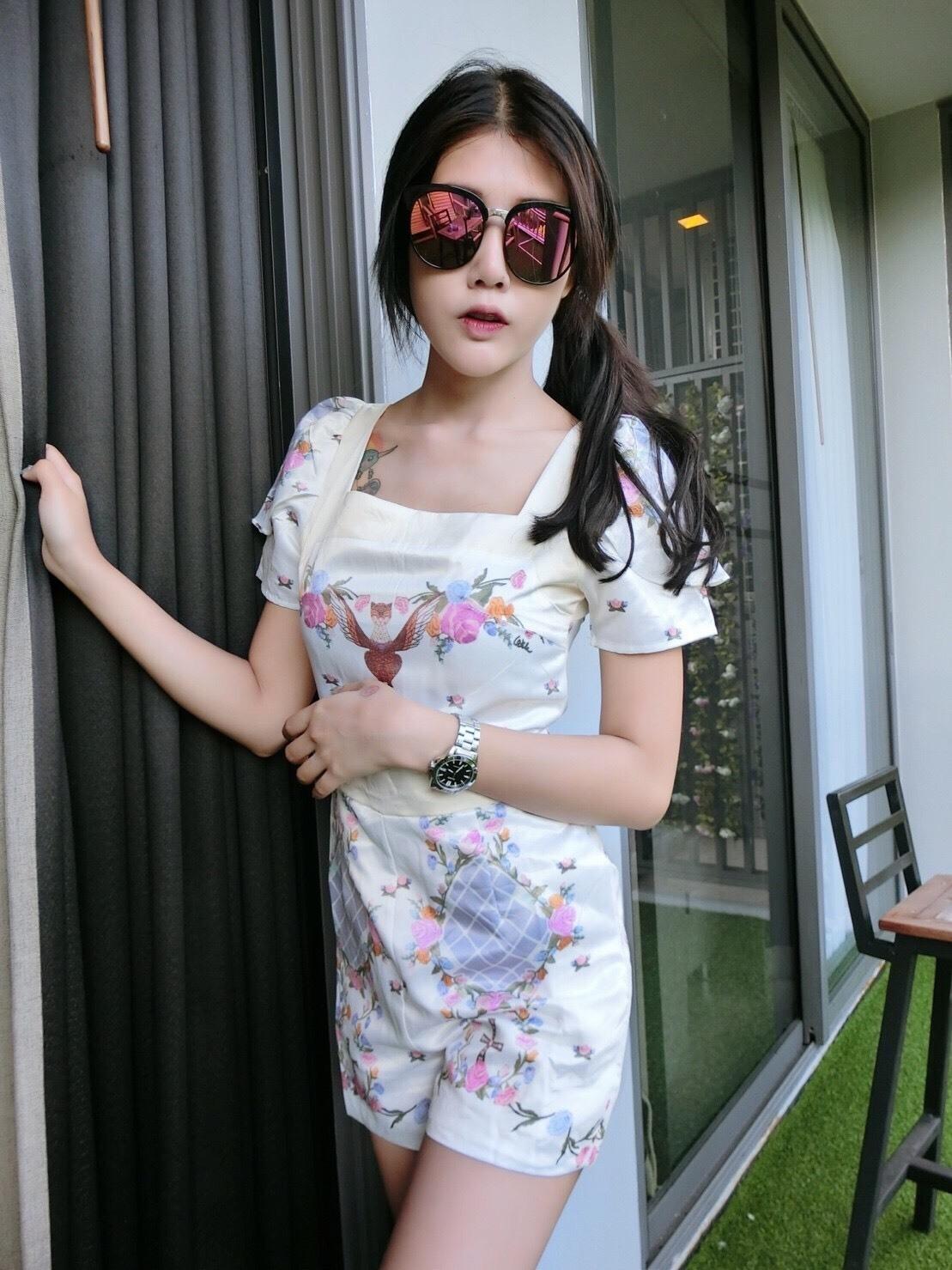 เสื้อผ้าแฟชั่นพร้อมส่งจะเรียกเจ้าหญิงหรือนางฟ้าก้อได้ค้า นางสวยเล่อค่าจิงจิ้งงง