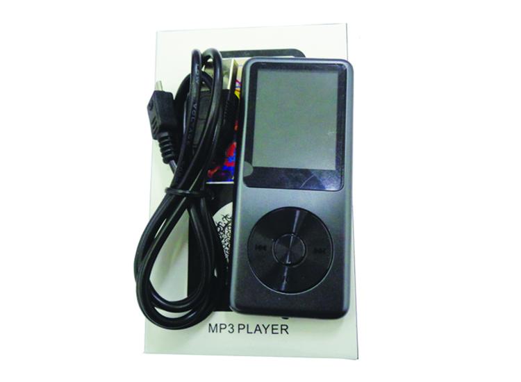 เครื่องบันทึกเสียง MP3 player 7 in 1 (8gb)