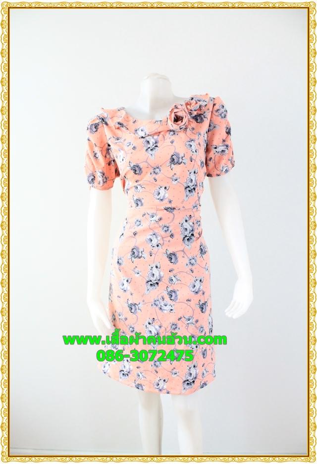 2933เสื้อผ้าคนอ้วน ชุดทำงานลายดอกสีชมพูคอระบายม้วนกุหลาบด้านข้างเก๋สไตล์หวาน