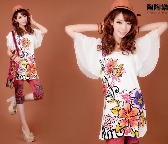 ((พร้อมส่ง)) เสื้อผ้าแฟชั่นผู้หญิง : เสื้อแฟชั่นสีขาว แต่งลายดอกไม้ ปักเลื่อมสีสดใส แขนผ้าโปร่ง ใส่เป็นเดรสได้ น่ารักมากๆจ้า