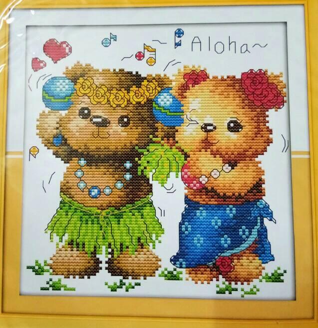 ชุดปักครอสติช ลาย หมีAloha ขนาด 27*28ซม.ผ้าครอสติช 11CTพิมพ์ลายปัก ไหมคอตตอน สี+ผังลาย+เข็ม (ส่งฟรี)