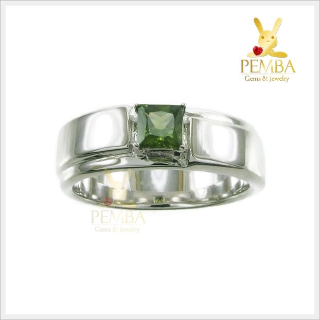 แหวนเขียวส่อง แหวนพลอยเขียวส่องบางกะจะ