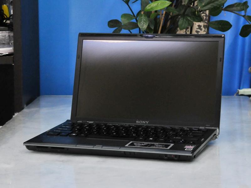 Sony VaiO Z Series Z127GG Core i5-540 2.4 GHz. RAM 6GB/SSD 128GB/ GT 330M