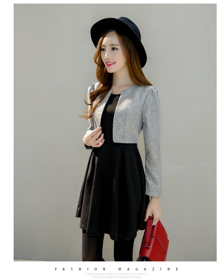 ชุดเดรสทำงานสวย ดูดี เสื้อสูทสีดำแขนยาวเย้บติดกับเดรสกระโปรงบานสีดำ สวย ดูดี