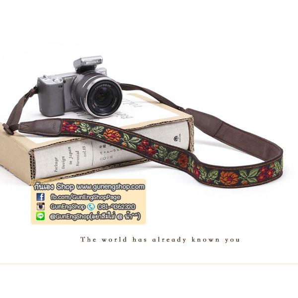 สายคล้องกล้องลายปัก cam-in Blossom Brown ลายดอกสีสดใส