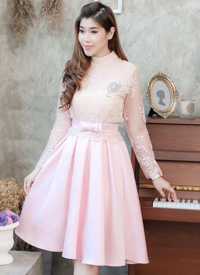 ชุดไปงานแต่งงาน ออกงาน ชุดเพื่อนเจ้าสาวธีมงานสีชมพู สวยหวาน น่ารักๆ เป็น SET เสื้อลูกไม้ + กระโปรงผ้าไหมอิตาลี