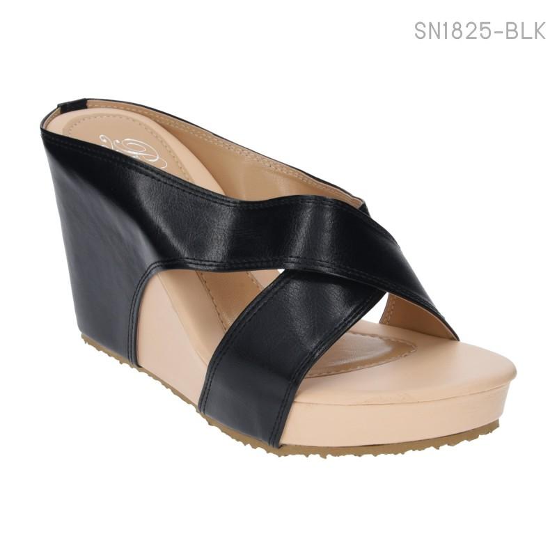 รองเท้าแตะส้นเตารีด เปิดส้น (สีดำ )
