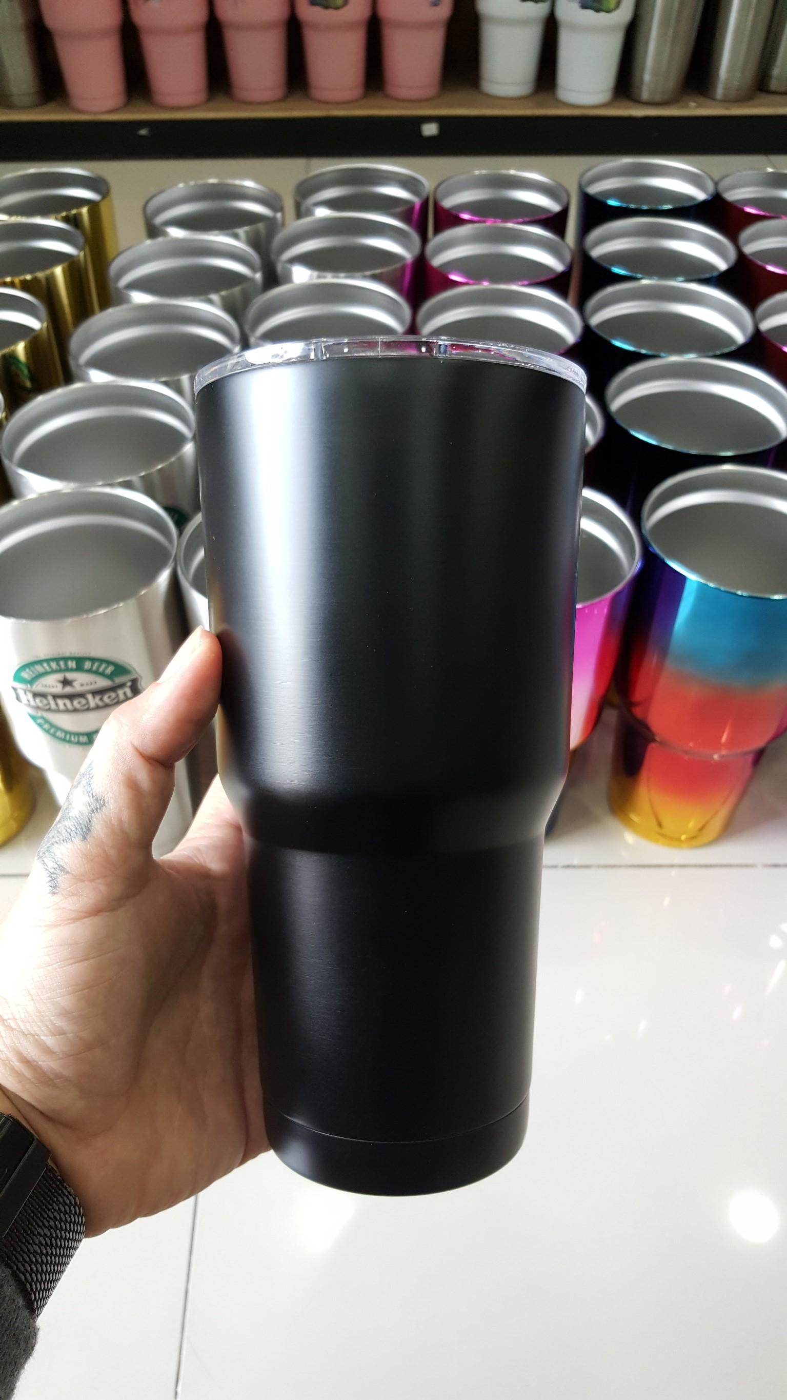ชุดแก้วเยติ 30 ออนซ์ พื้นดำล้วน