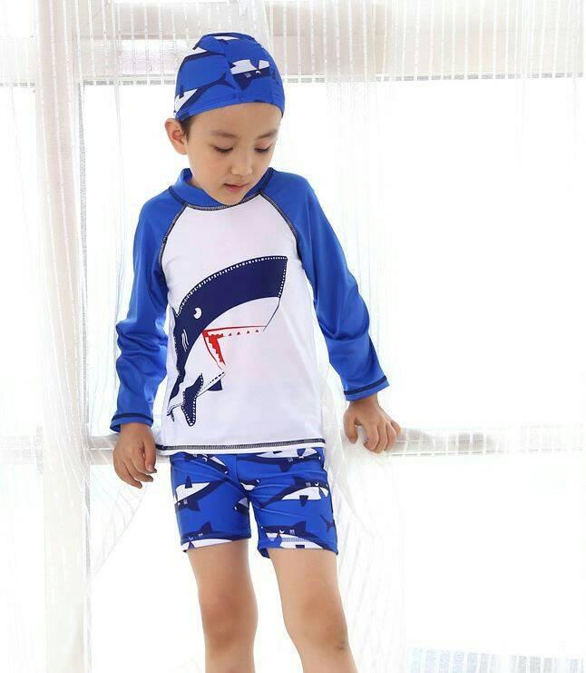 ชุดว่ายน้ำเด็กผู้ชาย แขนยาว ลายปลาฉลาม สีฟ้า ขาว พร้อมหมวก