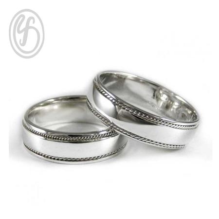 แหวนคู่รัก เงินเกลี้ยง เงินแท้ 925 เหมาะเป็นของขวัญในวันพิเศษใส่ติดนิ้วได้