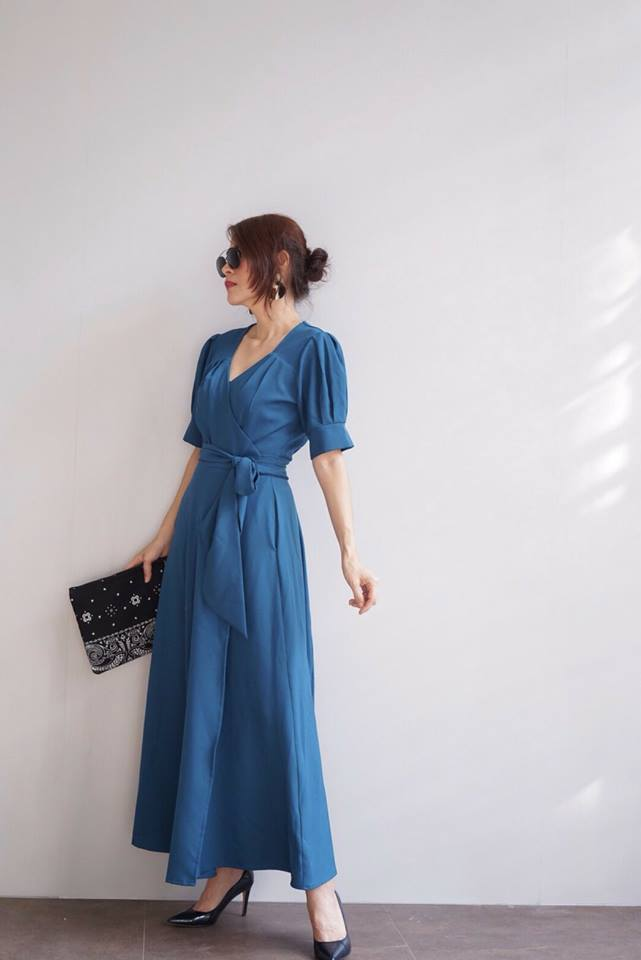 Wrapped Maxi Dress สีฟ้าคราม