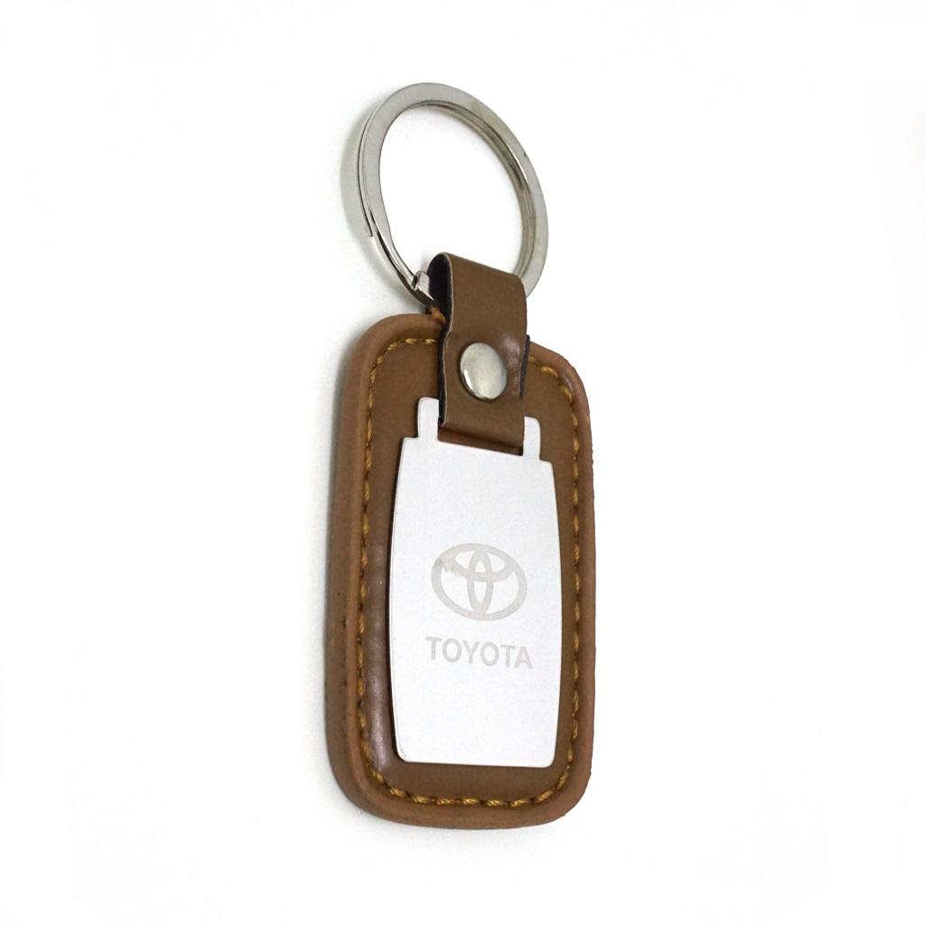 พวงกุญแจ(หนังเทียม+อลูมิเนียม)รถยนต์โตโยต้า 12อัน