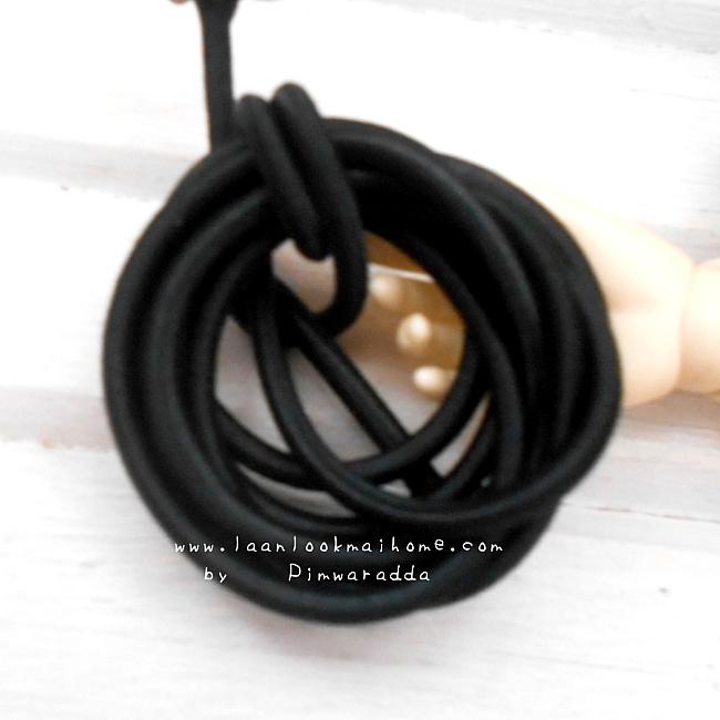 ยางยืดแบบกลมสีดำ. ขนาด 0.3 cm ราคาขายต่อ 1 หลา