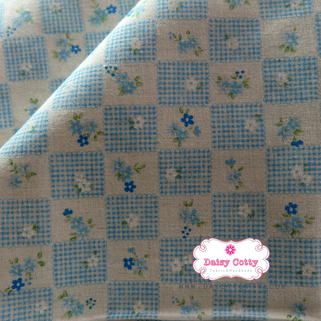 ผ้าคอตตอนลินินญี่ปุ่น 100% 1/4ม.(50x55ซม.) ลายตารางดอกไม้โทนสีฟ้า