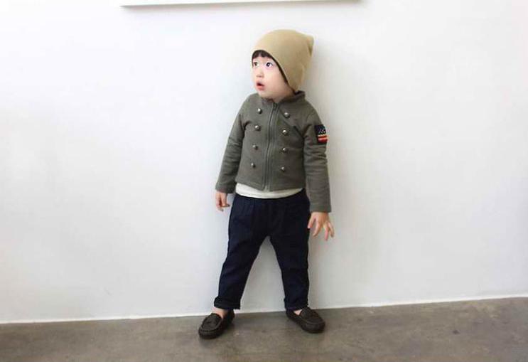 Huanshu kids เสื้อกันหนาวแฟชั่นเด็กสีเขียวขี้ม้า เก๋มาก น่ารักสไตล์เกาหลี ( ผ้าสำลีขูดขน)