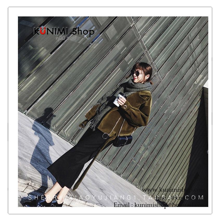ผ้าพันคอ แฟชั่น สีดำ พิมพ์ลายสวย งานดีคะ ผ้าหนาอุ่น สามารถใช้พันคอ คลุมไหล่ สวยดูดี ใช้ได้ทุกโอกาส