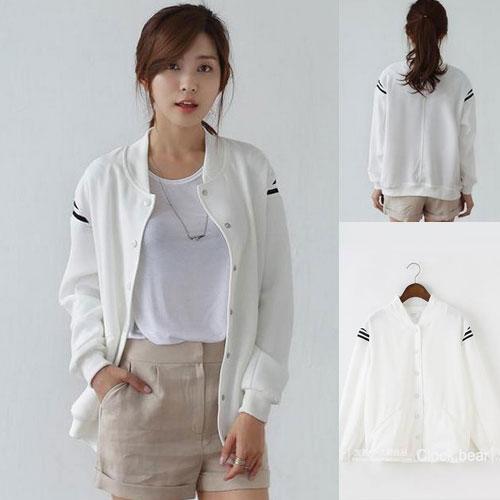 ++สินค้าพร้อมส่งค่ะ++ jacket เกาหลี แขนยาว คอกลม ผ้า polyester เนื้อดีค่ะ ดีไซด์เสื้อ basewheel มี 2 สีค่ะ – สีขาว