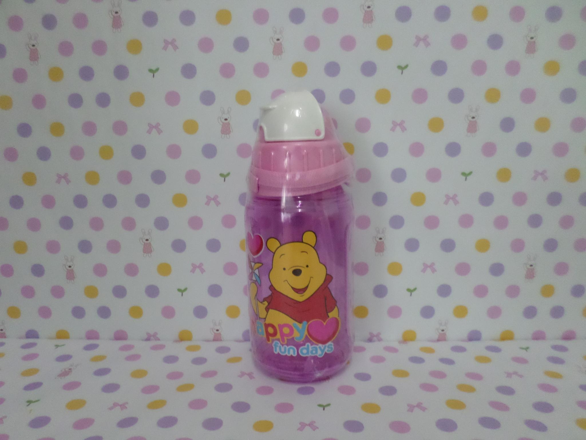 ขวดใส่น้ำดื่ม หมีพูห์ pooh ขนาดสูง 19 ซม. สผก 7 ซม. มีสายคล้องคอพร้อมหลอดดูด