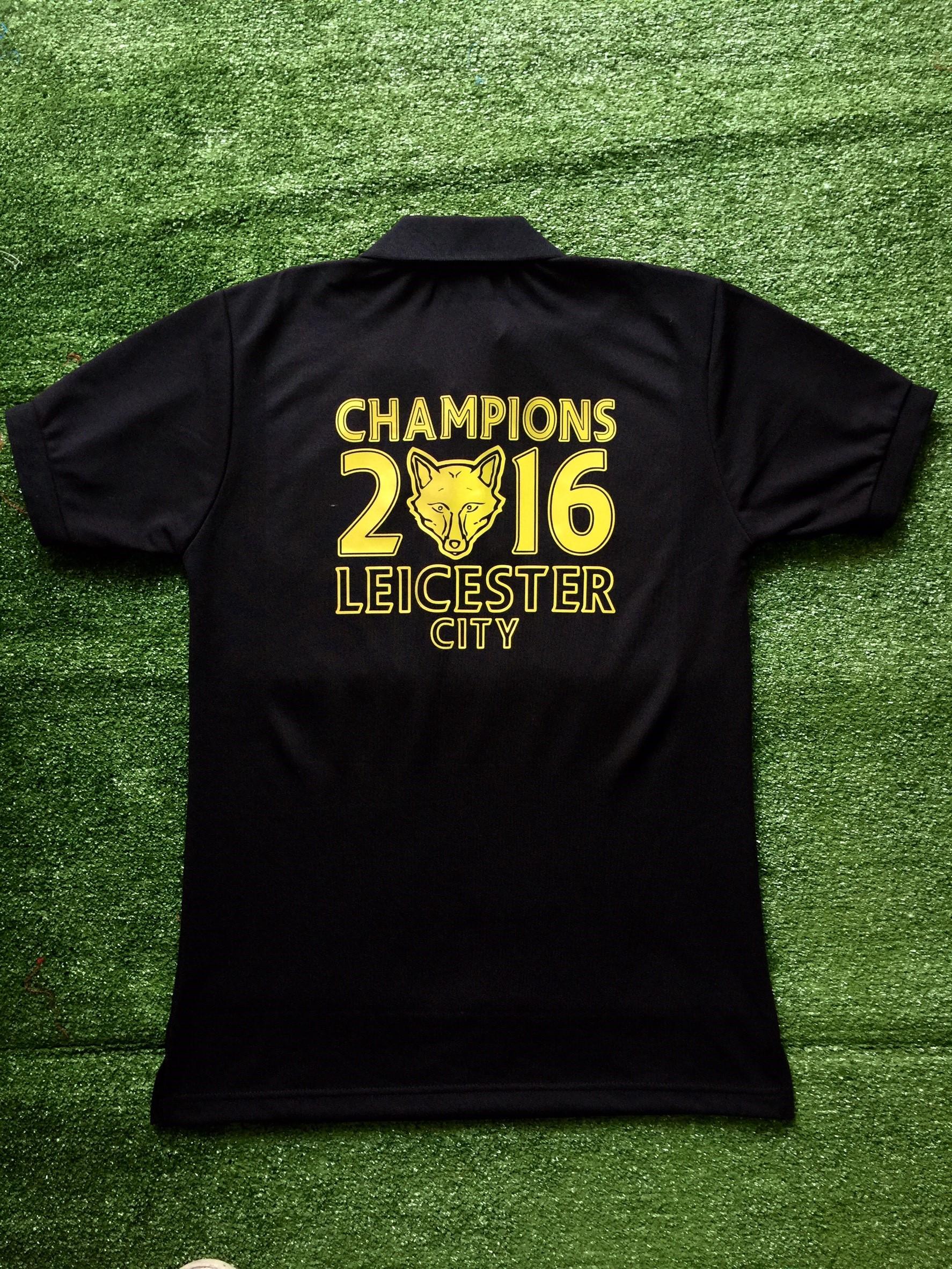 เสื้อโปโล เลสเตอร์ซิตี ลาย จิ้งจอกสยามคว้าแชมป์พรีเมียร์ลีก 2016 สีดำ L9P-2016B
