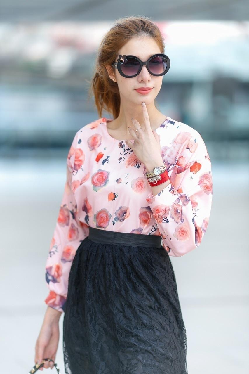เสื้อผ้าแฟชั่น สุด Chic เสื้อแฟชั่นแขนยาว ผ้าเกาหลี ลายดอกกุหลาบ รหัส 9008_2
