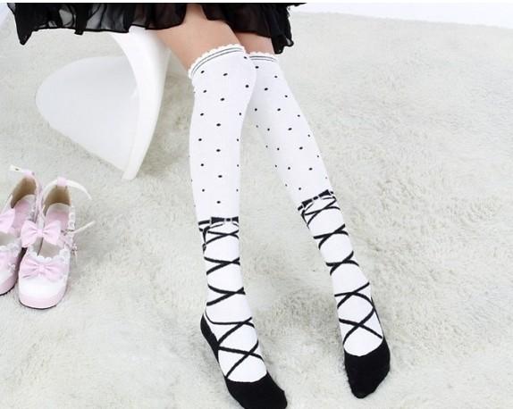ถุงเท้าญี่ปุ่นยาวเหนือเข่า