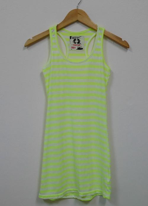 Jp4028 เสื้อกล้ามผ้ายืด ลายเส้นขวางสีเขียวสลับสีขาว รอบอก 30-32 นิ้ว